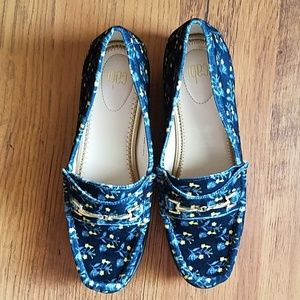 CAbi Carnaby velvet floral loafers NWT